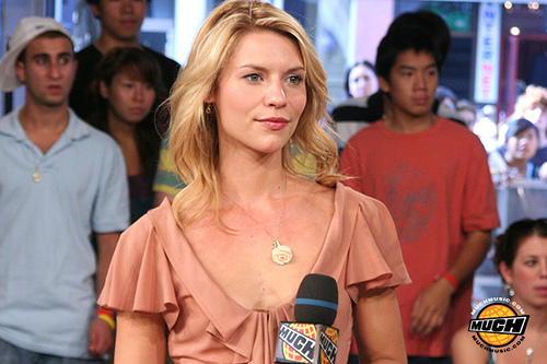 Claire Danes in peach blouse