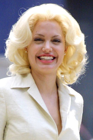Angelina Jolie Natural Blonde 45