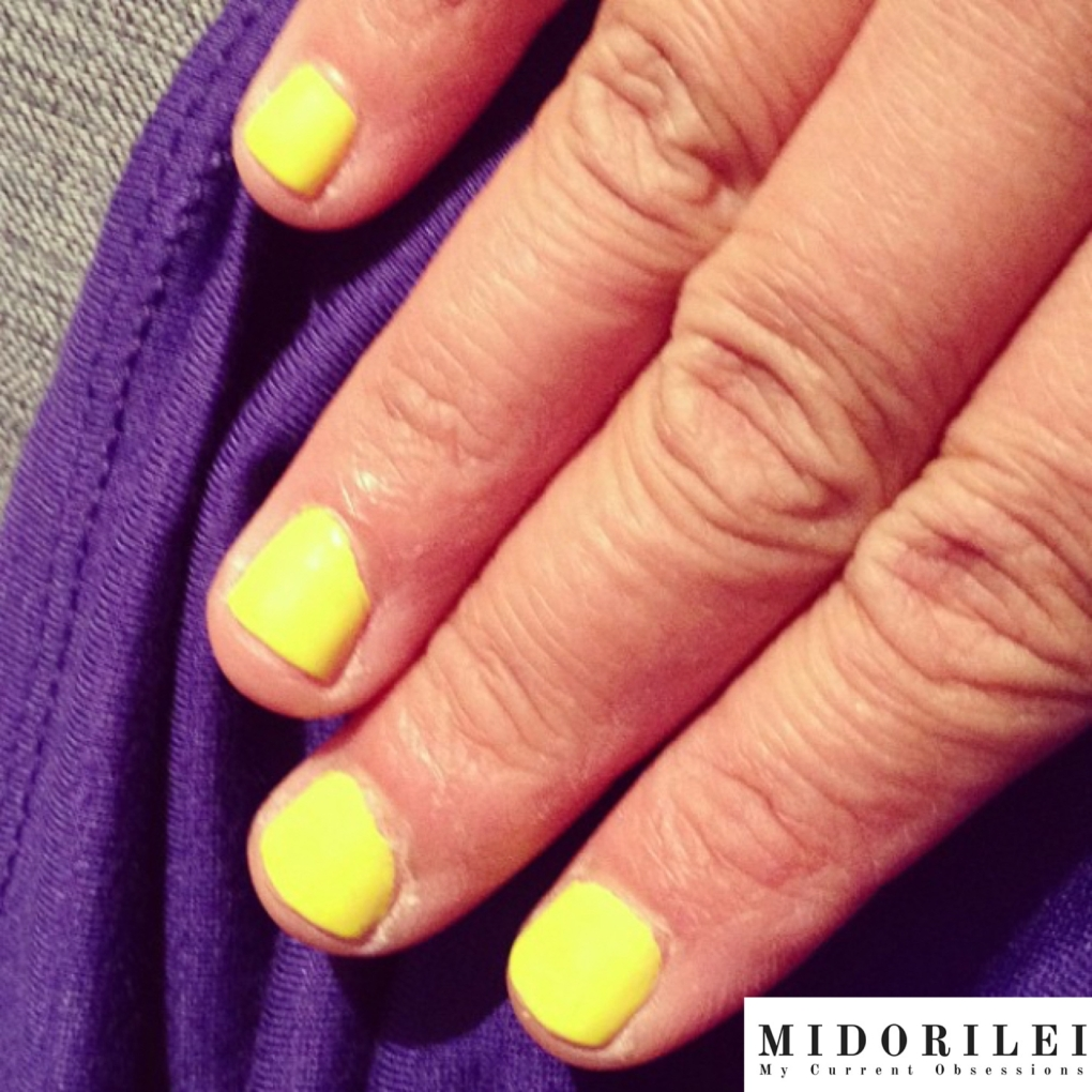 short yellow nails, yellow nails, neon yellow nails, nails, neon nails, simple nails designs, neon colors