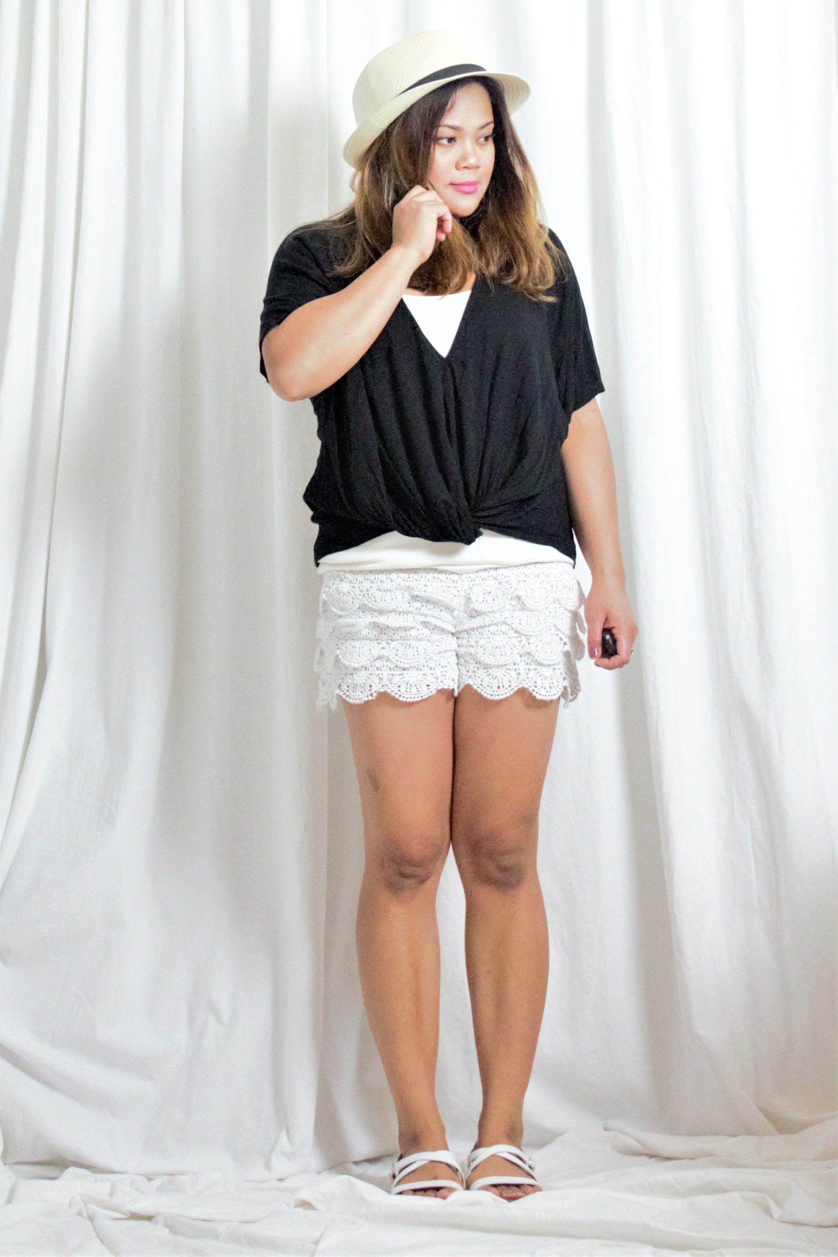 Front Knot Top + Scallop Shorts